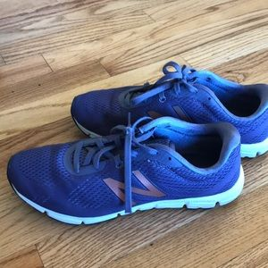 New Balance 660 ultra soft running shoes